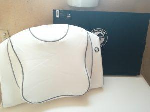 「横向き寝専用枕」ヨコネ3で寝起きの肩コリ対策