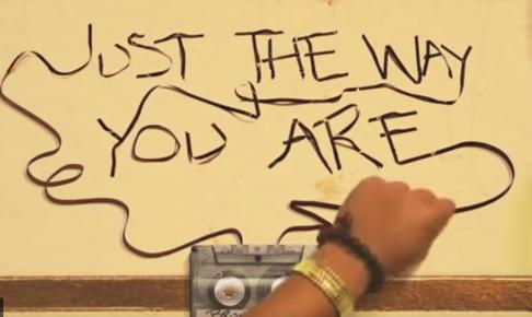 (歌詞 和訳) Just the way you are どの女性にも響く普遍なラブソング Bruno Mars ブルーノ・マーズ